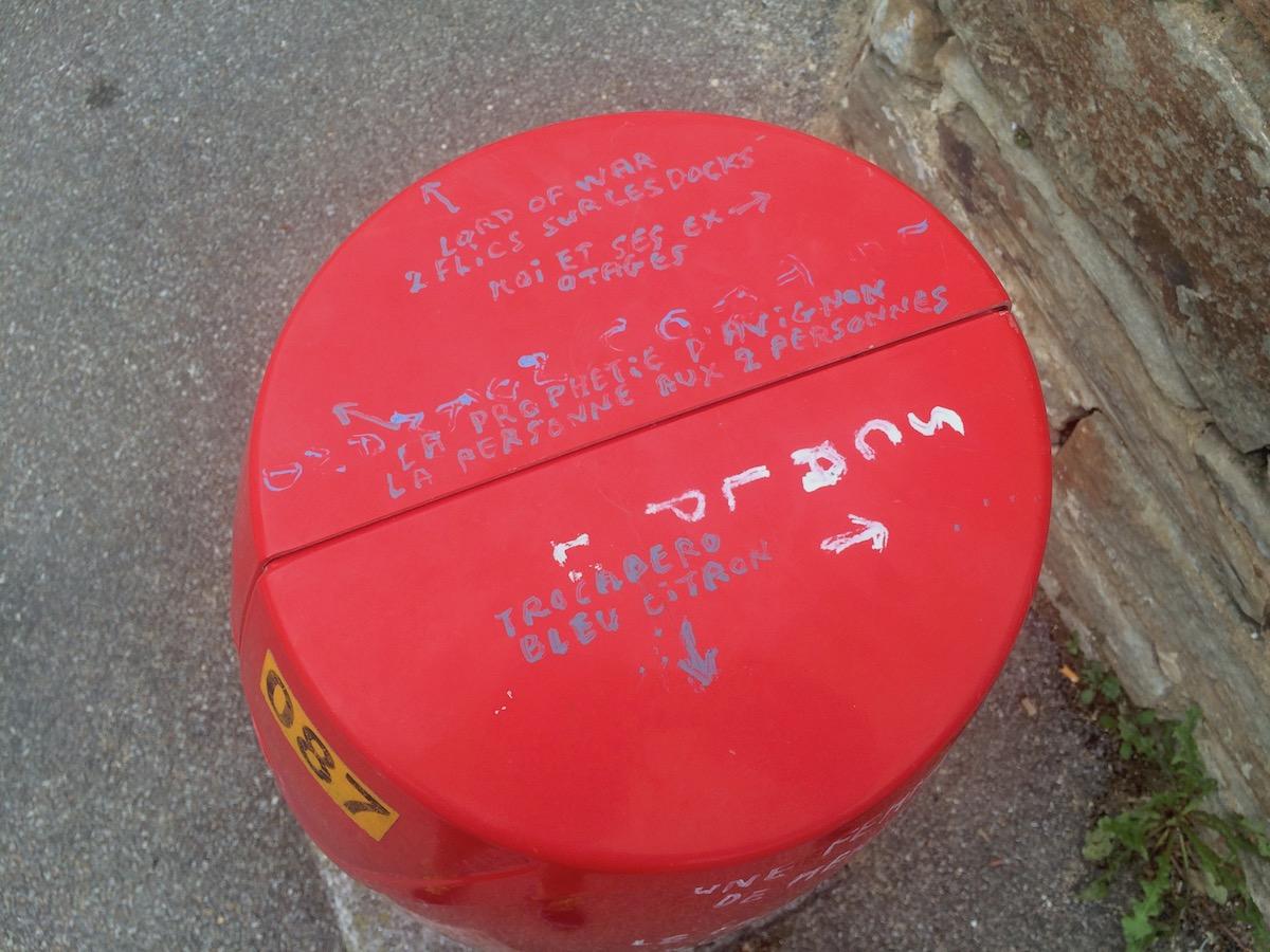 Graffitied bollard in Douarnenez